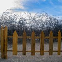 """Un jardín para """"adornar"""" el muro"""